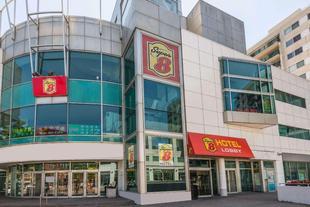 多倫多市中心速8飯店Super 8 By Wyndham Downtown Toronto