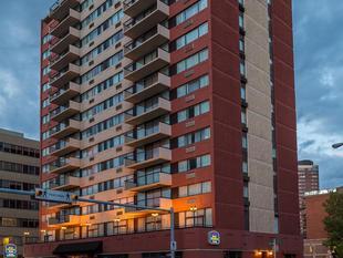 卡爾加里市中心最佳西方套房飯店Best Western Plus Suites Downtown Calgary
