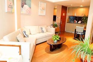 青島藍色海岸海景度假公寓中聯自由港灣火車站棧橋店