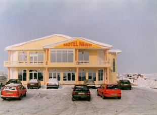 內諾汽車旅館